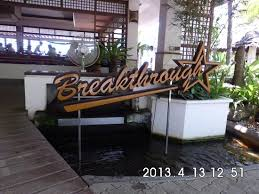 Breakthrough Restaurant
