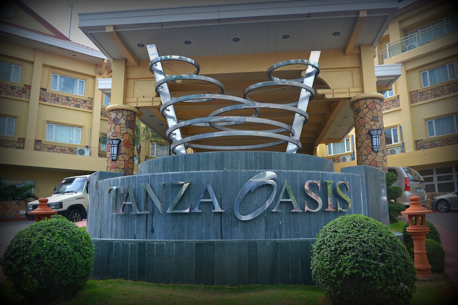 Tanza Oasis Hotel and Resort