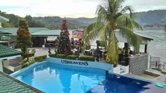 Sheaven's Beachview Hotel