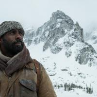 """The Mountain Between Us"" Trailer Reveal"