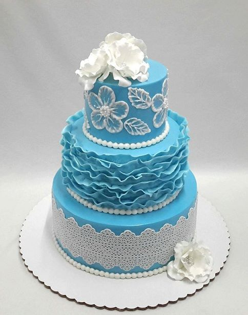Beginners 3-Layer Fondant Wedding Cake