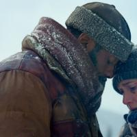 "An Epic Romance Amidst A Harrowing Adventure In Ayala Malls Cinemas' ""The Mountain Between Us"""