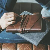 Leather Traveler's Notebook and Leather Pen Roll Case Workshop