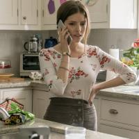 "Anna Kendrick Plays Mom Vlogger In Twisted Stylish Thriller ""A Simple Favor"""