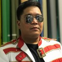 "Philippines' Jugs Jugueta In A Rare Queen Experience In ""Bohemian Rhapsody"" Music Video"