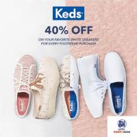 YOUR FAVORITE CLASSIC WHITE KEDS