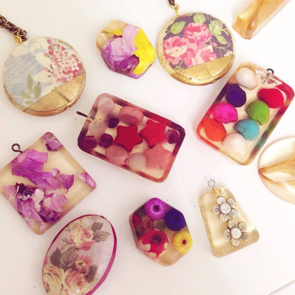 RESIN JEWELRY MAKING WORKSHOP 2019