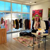 Art Market Pop Shop