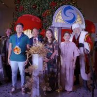 Shangri-la Plaza Sparks The Beginning of The Season as it Lights Up its Grand Christmas Tree